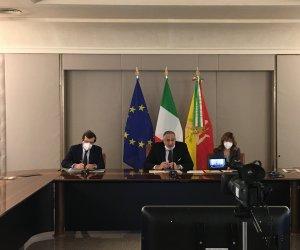 https://www.tp24.it/immagini_articoli/23-02-2021/1614072937-0-fse-sicilia-le-testimonianze-di-alcuni-beneficiari-dei-fondi-comunitari.jpg