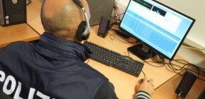 https://www.tp24.it/immagini_articoli/23-03-2019/1553355409-0-poliziotti-infedeli-scambiavano-favori-informazioni-secret-sciuto.jpg