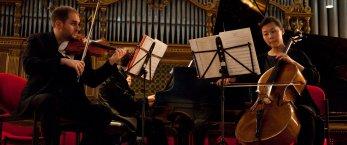 https://www.tp24.it/immagini_articoli/23-03-2019/1553365952-0-trapani-concerto-mythos-trio-stagione-concertistica-amici-musica.jpg