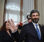 https://www.tp24.it/immagini_articoli/23-04-2018/1524500463-0-fico-lincarico-governo-cinque-stelle-dura.jpg