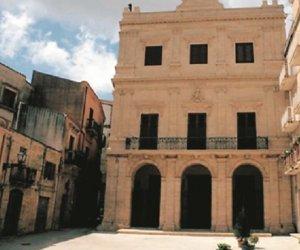 https://www.tp24.it/immagini_articoli/23-05-2020/1590187417-0-nbsp-salemi-dopo-il-danno-la-beffa-esclusi-dai-fondi-speciali-i-comuni-siciliani-ex-zone-rosse-nbsp.jpg