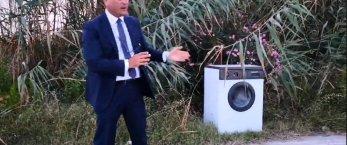 https://www.tp24.it/immagini_articoli/23-07-2018/1532336435-0-marsala-vice-sindaco-licari-lavatrice-abbandonata-stagnone.png