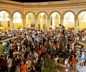 https://www.tp24.it/immagini_articoli/23-07-2018/1532357482-0-trapani-stragusto-festival-internazionale-cibo-strada-mercati.jpg