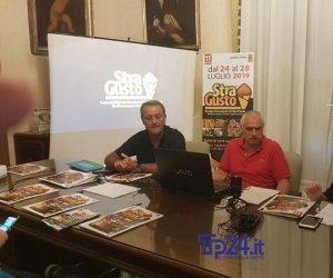 https://www.tp24.it/immagini_articoli/23-07-2019/1563875355-0-trapani-domani-stragusto-festa-cibo-strada.jpg