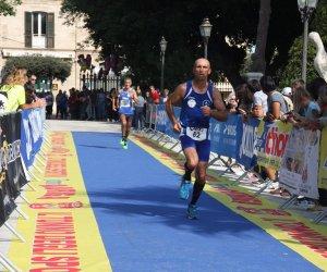 https://www.tp24.it/immagini_articoli/23-10-2018/1540292446-0-podismo-polisportiva-marsala-trofeo-sale-saline-campionati-italiani-bari.jpg