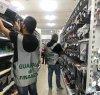 https://www.tp24.it/immagini_articoli/23-10-2019/1571817532-0-sicilia-lavoratori-nero-ventimila-articoli-norma-bazar-cinese.jpg
