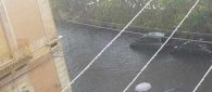 https://www.tp24.it/immagini_articoli/23-10-2021/1634967549-0-maltempo-in-sicilia-ancora-tempeste-crolli-e-persone-sui-tetti-video.jpg