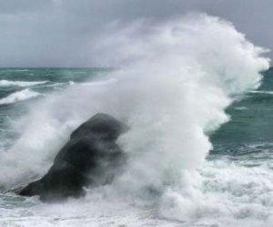 https://www.tp24.it/immagini_articoli/23-12-2019/1577094700-0-venti-burrasca-raffiche-allerta-meteo-provincia-trapani.jpg