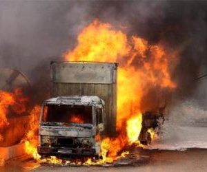 https://www.tp24.it/immagini_articoli/23-12-2019/1577131997-0-intimidazione-imprenditore-agricolo-bruciato-furgone-notte.jpg