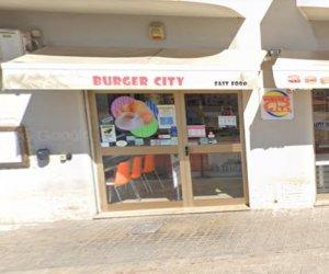 https://www.tp24.it/immagini_articoli/24-01-2021/1611482990-0-la-zona-rossa-non-ferma-i-ladri-a-trapani-furto-al-burger-city.png