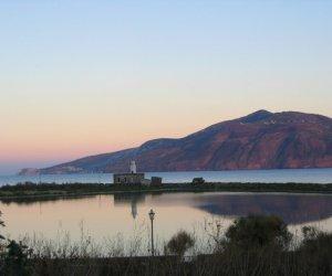 https://www.tp24.it/immagini_articoli/24-02-2019/1551023898-0-favignana-pantelleria-salina-isole-italiane-pioniere-dellenergia-pulita.jpg