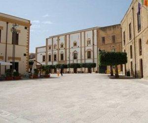 https://www.tp24.it/immagini_articoli/24-03-2016/1458815876-0-ecco-tutti-i-beni-dello-stato-in-vendita-in-provincia-di-trapani-e-in-sicilia.jpg
