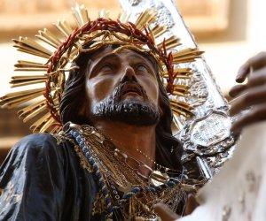 https://www.tp24.it/immagini_articoli/24-04-2019/1556089419-0-misteri-polemiche-perche-decadimento-processione-simbolo-trapani.jpg