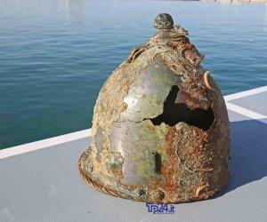 https://www.tp24.it/immagini_articoli/24-07-2019/1563983027-0-trovati-mare-levanzo-altri-incredibili-pezzi-battaglia-egadi-eccoli.jpg