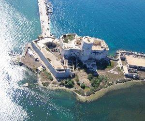https://www.tp24.it/immagini_articoli/24-09-2014/1411553306-0-colombaia-e-nave-romana-di-marausa-fazio-plaude-alla-soprintendenza-di-trapani.jpg