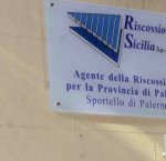 https://www.tp24.it/immagini_articoli/24-09-2018/1537742662-0-regione-liti-maggioranza-sono-riscossione-sicilia.jpg