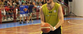 https://www.tp24.it/immagini_articoli/24-09-2018/1537772464-0-basket-torneo-castel-pietro-semifinale-trapani-arrende-forte-fortitudo.jpg