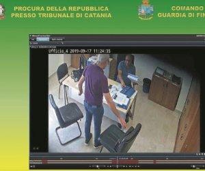 https://www.tp24.it/immagini_articoli/24-09-2019/1569279614-0-tangenti-anas-arrestati-confessano-davanti.jpg