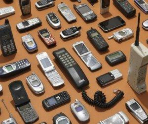 https://www.tp24.it/immagini_articoli/24-12-2019/1577183595-0-collezionismo-cellulari-questi-modelli-valgono-cinquecento-duemila-euro.jpg