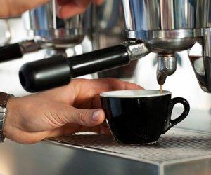 https://www.tp24.it/immagini_articoli/25-02-2016/1456433090-0-marsala-la-guerra-dei-caffe-ora-tutti-i-bar-aumentano-i-prezzi.jpg