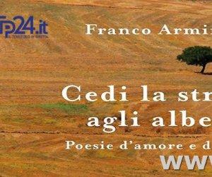 https://www.tp24.it/immagini_articoli/25-02-2017/1488022615-0-cedi-la-strada-agli-alberi-la-prima-silloge-di-franco-arminio.jpg