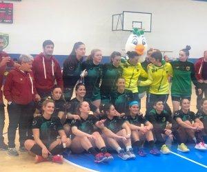https://www.tp24.it/immagini_articoli/25-02-2020/1582654537-0-pallamano-life-style-handball-erice-vince-anche-messina.jpg