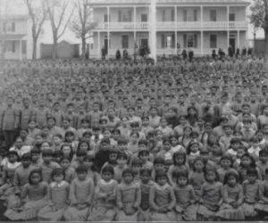 https://www.tp24.it/immagini_articoli/25-06-2021/1624614442-0-canada-l-orrore-delle-scuole-cattoliche-trovati-i-resti-di-altri-761-bambini-nativi.jpg