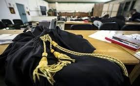 https://www.tp24.it/immagini_articoli/25-07-2018/1532535936-0-perche-avvocati-trapanesi-vogliono-difendere-loro-collega-bonomo.jpg