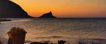 https://www.tp24.it/immagini_articoli/25-08-2019/1566747203-0-marettimo-record-visitatori-castello-punta-troia.jpg
