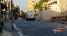 https://www.tp24.it/immagini_articoli/25-09-2018/1537857106-0-marsala-furgone-abbatte-muro-cinta-ribalta-trapani-strada-bloccata.jpg