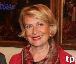 https://www.tp24.it/immagini_articoli/25-10-2017/1508911068-0-giulia-adamo-udienza-corte-conti-altre-spese-pazze-157000-euro.jpg