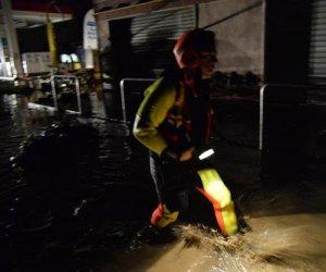 https://www.tp24.it/immagini_articoli/26-03-2020/1585204157-0-pioggia-fulmini-raffiche-vento-allagamenti-maltempo-flagella-sicilia.png