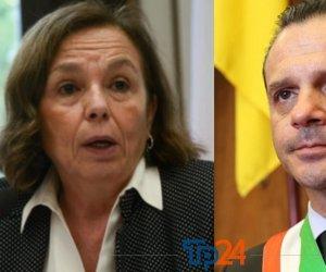https://www.tp24.it/immagini_articoli/26-03-2020/1585243148-0-fine-sindaco-messina-preso-denuncia-ministro-dellinterno.jpg