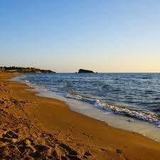 https://www.tp24.it/immagini_articoli/26-04-2020/1587890268-0-come-sara-l-estate-in-sicilia-nelle-isole-a-numero-chiuso-e-negli-alberghi.jpg