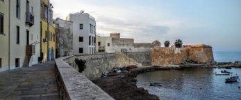 https://www.tp24.it/immagini_articoli/26-08-2019/1566791277-0-trapani-bastione-conca-disposizione-cittadini-turisti.jpg