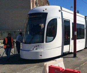 https://www.tp24.it/immagini_articoli/26-12-2015/1451118500-0-la-piu-grande-opera-pubblica-realizzata-in-sicilia-il-tram-di-palermo-adesso-e-pronto.jpg