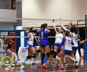 https://www.tp24.it/immagini_articoli/27-01-2020/1580106524-0-volley-conquista-semifinale-coppa-sicilia.jpg