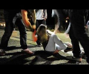 https://www.tp24.it/immagini_articoli/27-01-2021/1611767236-0-sicilia-nbsp-ragazzina-violentata-la-famiglia-minacciata-e-costretta-a-lasciare-il-paese.jpg