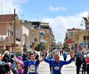 https://www.tp24.it/immagini_articoli/27-03-2018/1522157272-0-podismo-donnalucata-ventisei-polisportiva-marsala-mezzamaratona.jpg