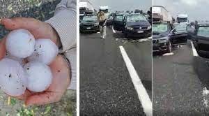 https://www.tp24.it/immagini_articoli/27-07-2021/1627380478-0-l-incubo-grandine-in-autostrada-nbsp-il-video-di-un-automobilista-mentre-il-parabrezza-va-in-frantumi.jpg