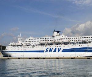 https://www.tp24.it/immagini_articoli/27-08-2020/1598535302-0-torna-a-trapani-la-nave-quarantena-aurelia-nbsp.jpg