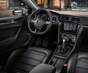 https://www.tp24.it/immagini_articoli/27-11-2019/1574837483-0-black-friday-occasioni-auto-quattro-modelli-prezzo-fabbrica.jpg