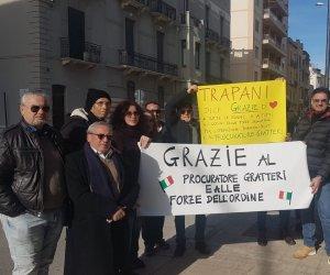 https://www.tp24.it/immagini_articoli/27-12-2019/1577457403-0-trapani-sitin-solidarieta-procuratore-gratteri.jpg