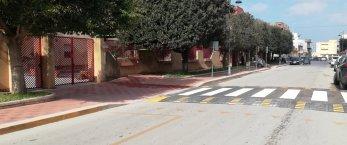 https://www.tp24.it/immagini_articoli/28-02-2021/1614476112-0-pedone-sicuro-a-petrosino-tre-moderni-attraversamenti-pedonali-davanti-le-scuole.jpg