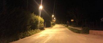 https://www.tp24.it/immagini_articoli/28-03-2019/1553764547-0-salemi-dopo-limpianto-illuminazione-asfalto-strada-ulmifilci.jpg