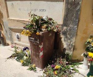 https://www.tp24.it/immagini_articoli/28-04-2021/1619643132-0-quanta-sporcizia-al-cimitero-di-marsala.jpg