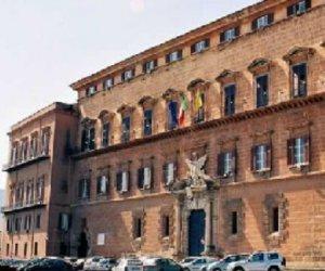 https://www.tp24.it/immagini_articoli/28-07-2016/1469686322-0-accordo-stato-regione-sicilana-tancredi-va-all-attacco-di-crocetta-e-baccei.jpg