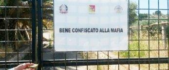 https://www.tp24.it/immagini_articoli/28-08-2020/1598624395-0-sicilia-l-iniziativa-beni-confiscati-per-l-emergenza-covid-a-scuola.jpg