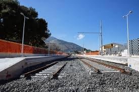 https://www.tp24.it/immagini_articoli/28-08-2020/1598624829-0-trapani-la-vergogna-della-ferrovia-chiusa-per-una-frana-dal-2013-nbsp.jpg