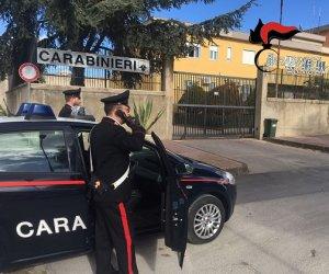 https://www.tp24.it/immagini_articoli/28-10-2019/1572276137-0-sicilia-scoperta-casa-orrori-coniugi-tenevano-disabile-incatenato.jpg